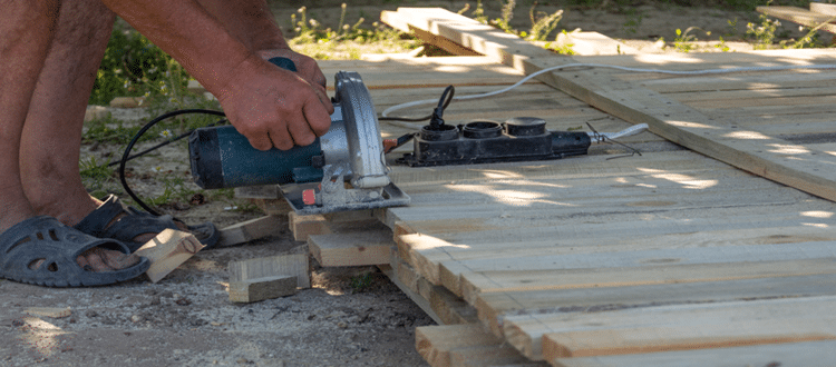 Follow These Fixing Method When Your Circular Saw Stops Mid Cut