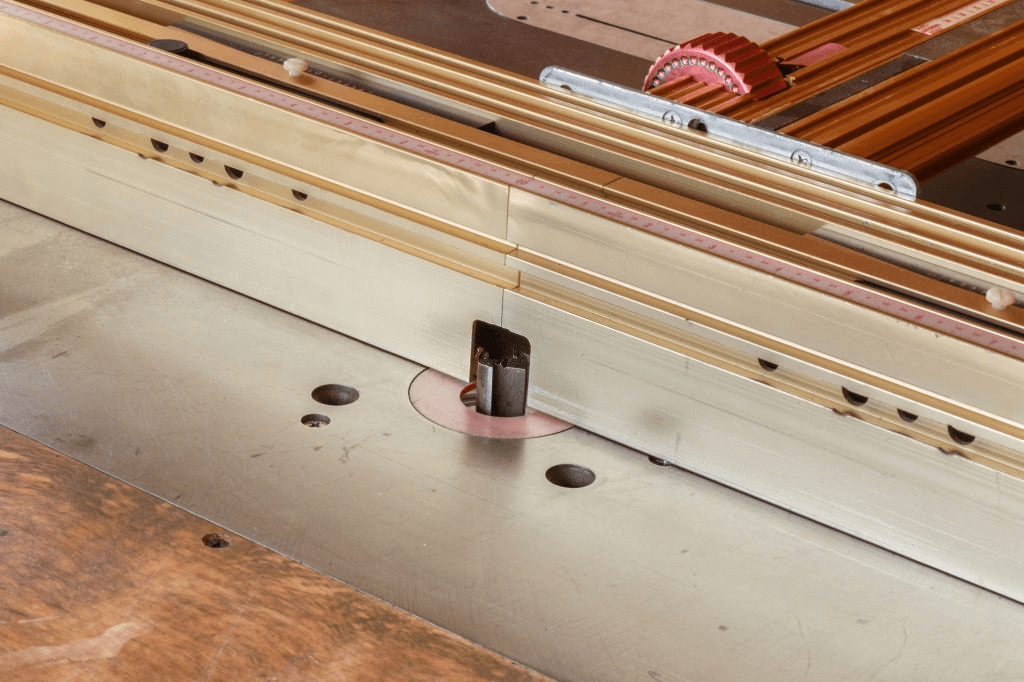 Best Router Table Fence | Reviews And Buyer's Guide