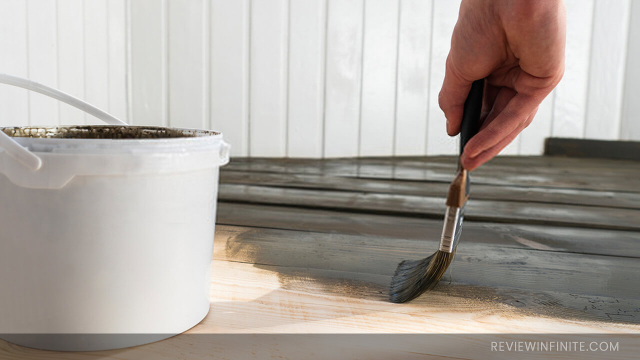 10 Best Wood Floor Paint Reviews 2021 (Buying Guide Included)
