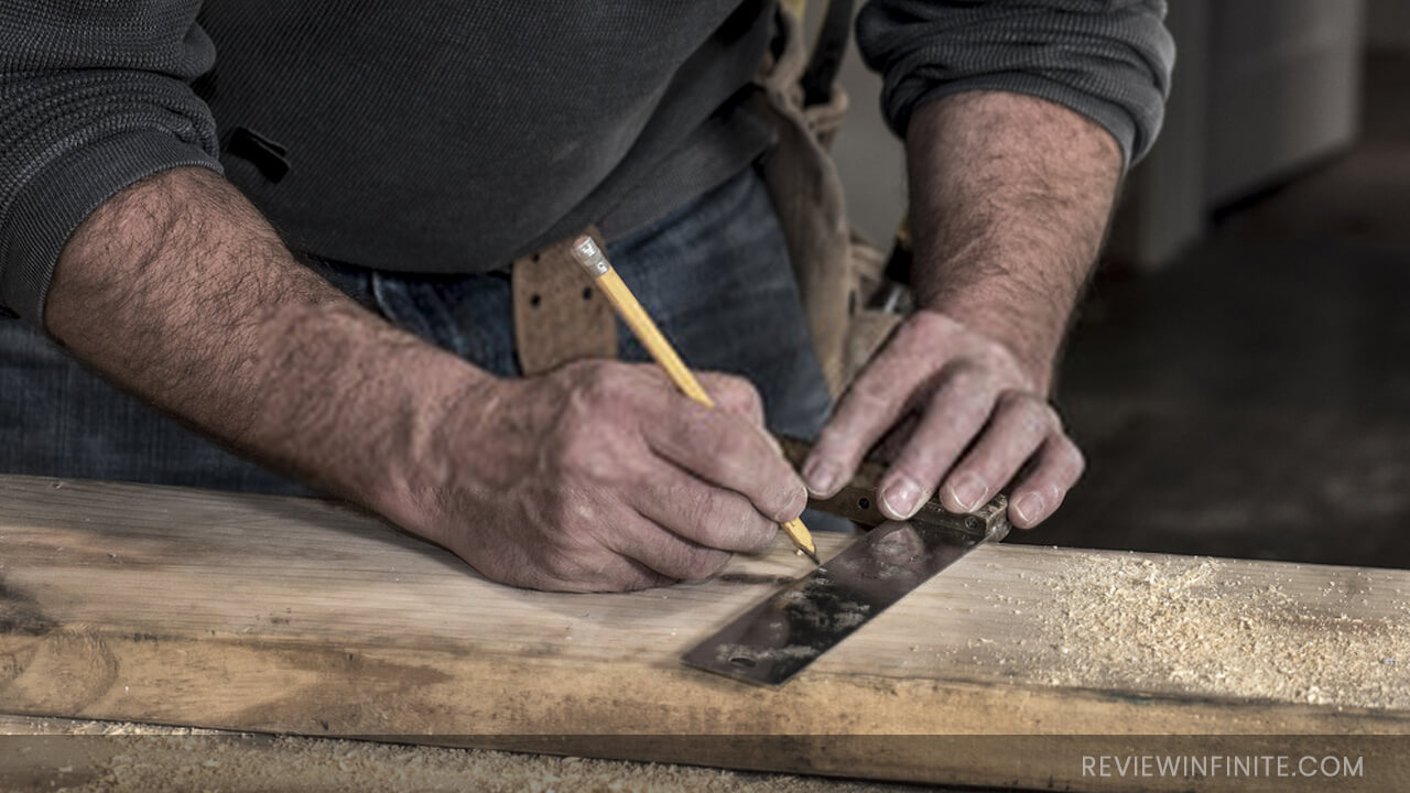 10 Best Woodworking Square Reviews 2021 (Buying Guide Included)